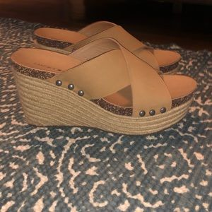Lucky Brand Tan Leather Strap Wedges